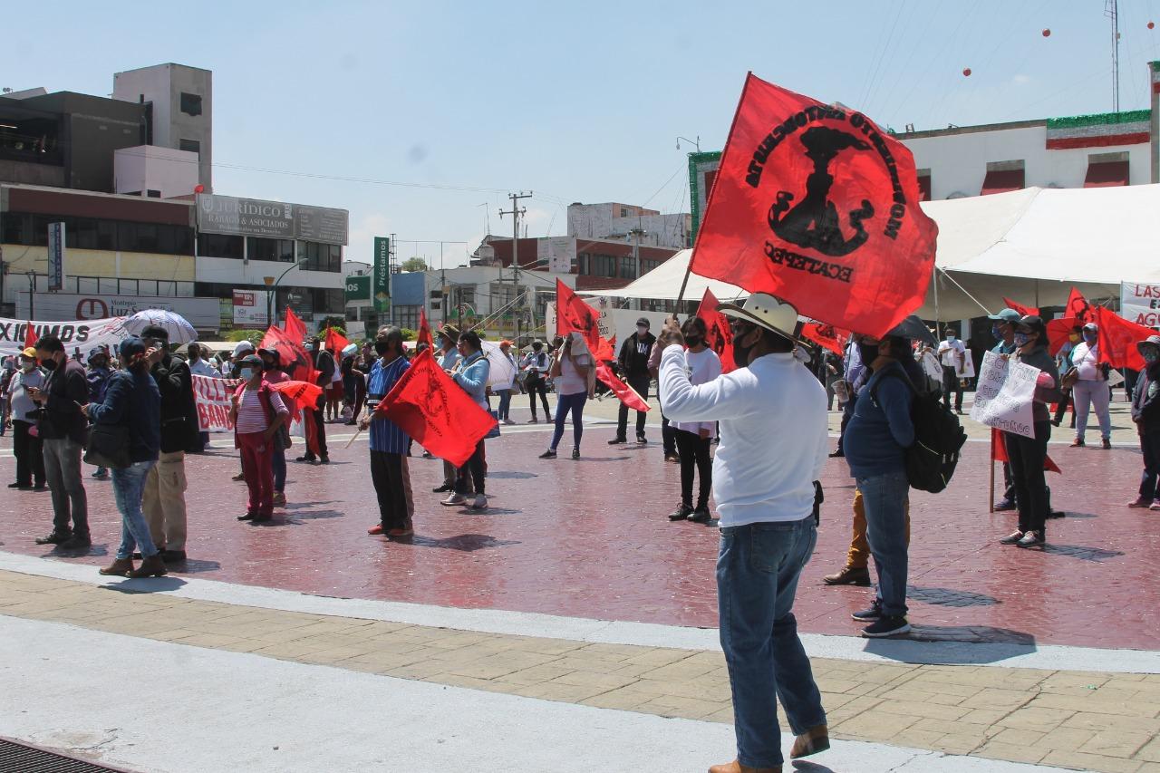 Caciques del PRI se reúnen para orquestar ataques contra el gobierno de Ecatepec