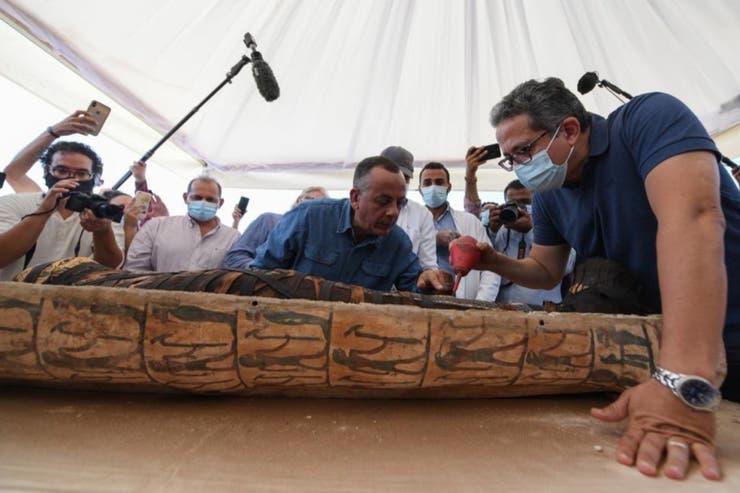 #Video Abren el sarcófago de una momia egipcia de más de 2500 años