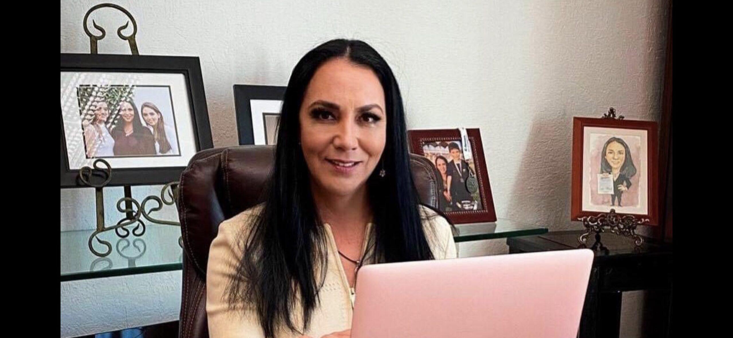 Gaby Gamboa se declara lista para debatir con Enrique Vargas