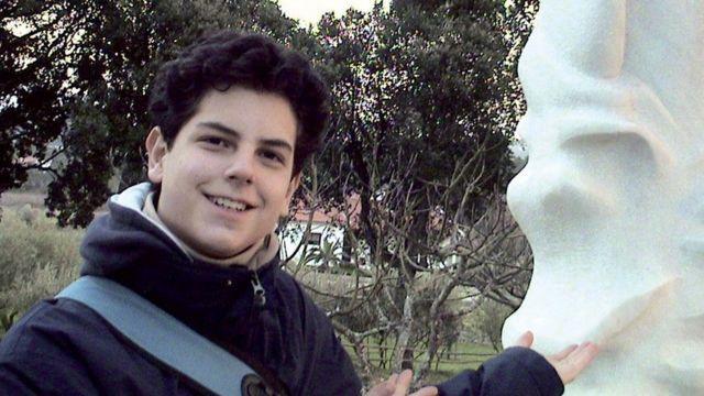 Carlo Acutis, joven de 15 años que creó una web sobre milagros en todo el mundo es beatificado