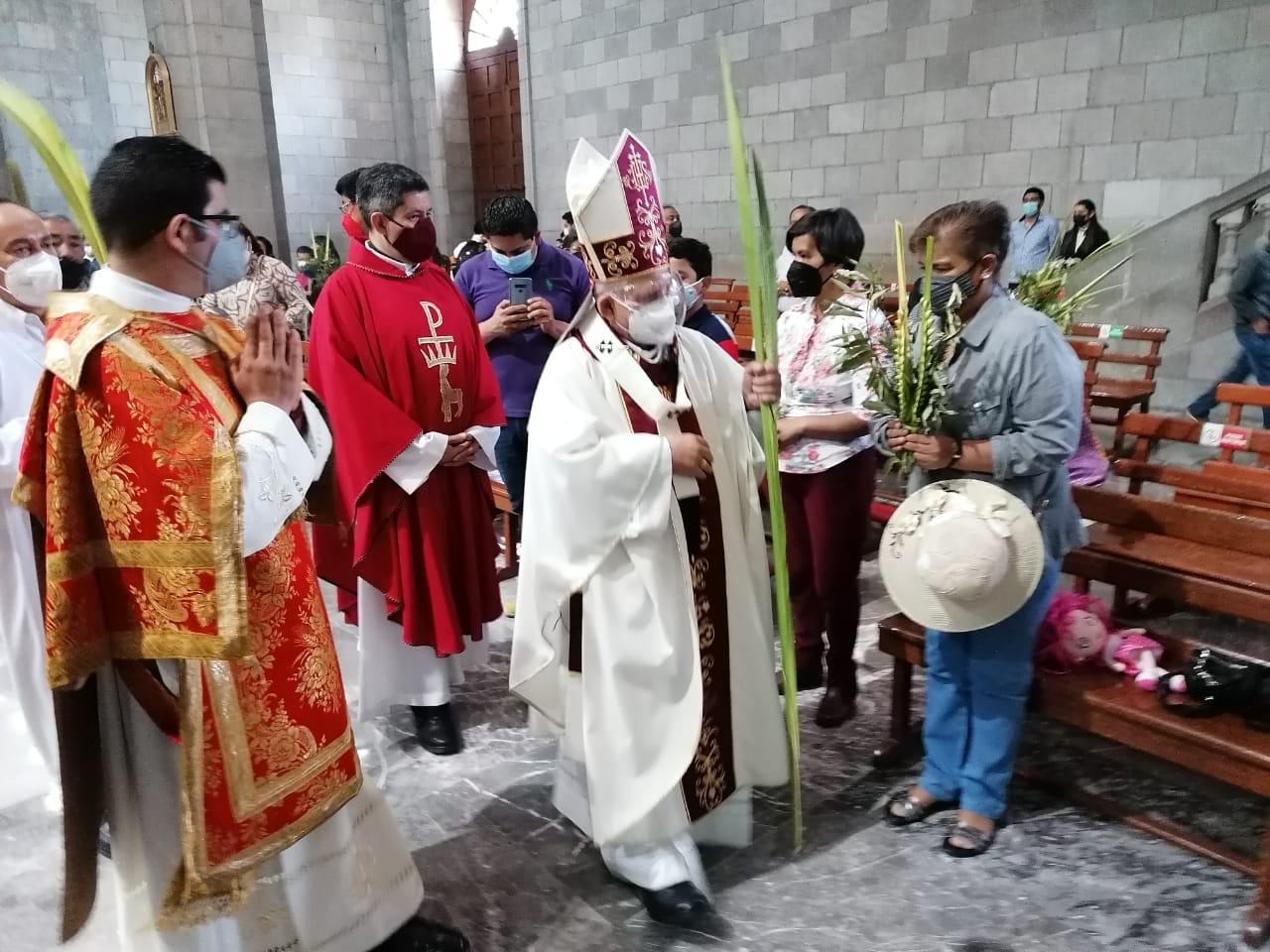 Celebran Domingo de Ramos en Catedral de Toluca con aforo máximo permitido