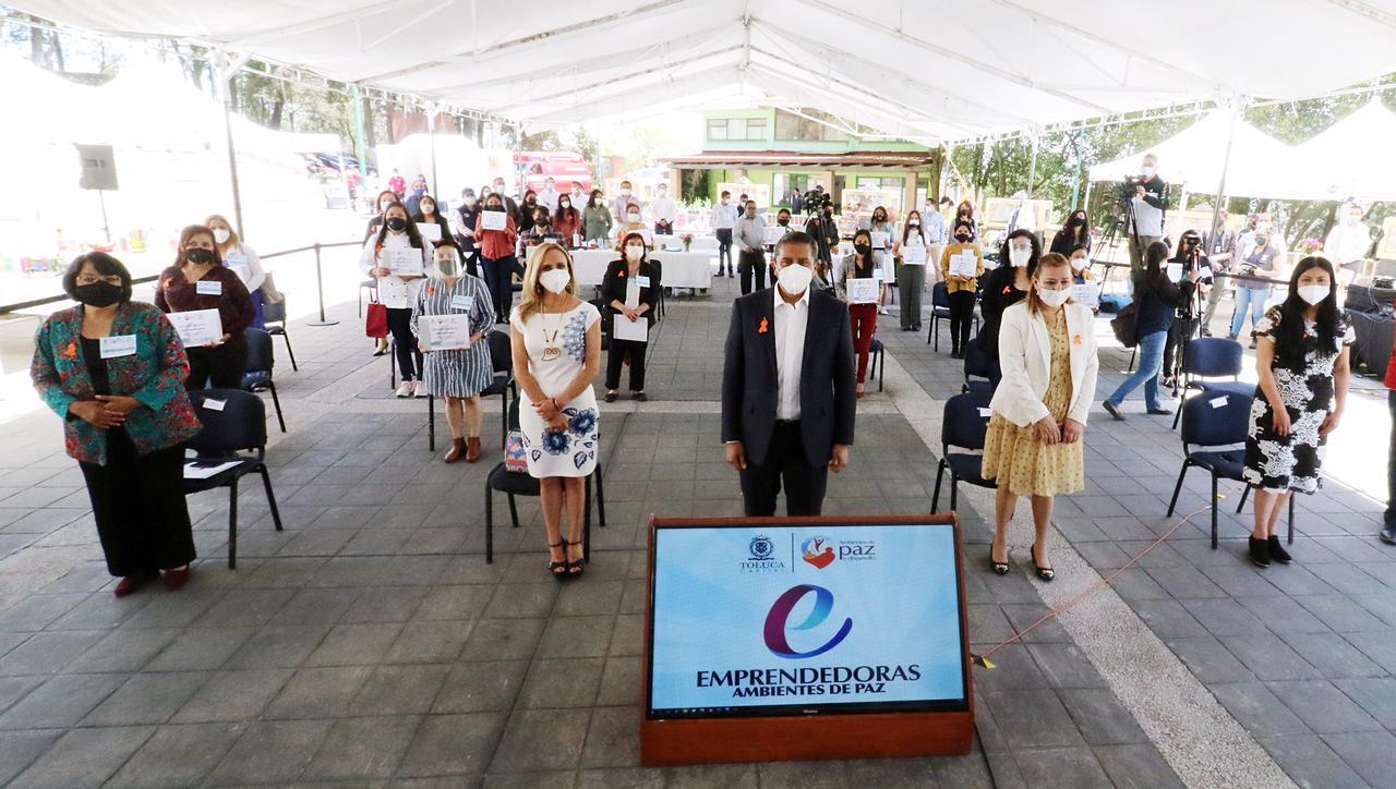 Gobierno de Toluca hace equipo con las mujeres, por el bien de todos