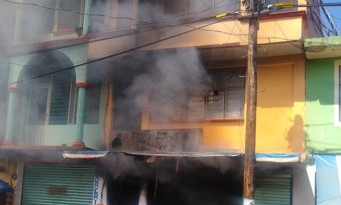 Incendio en papelería de Tejupilco causa movilización