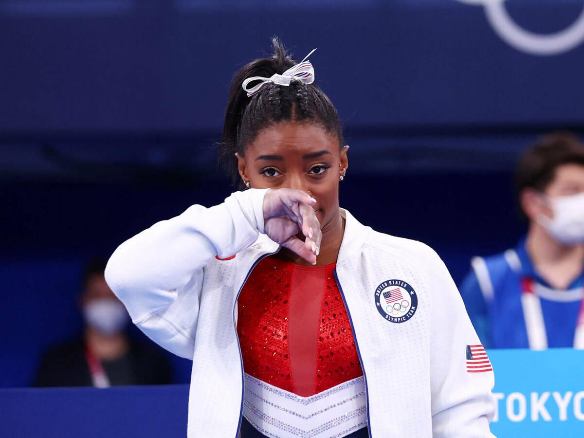 Simone Biles se retiró de la competencia de gimnasia por equipos; manda un gran mensaje