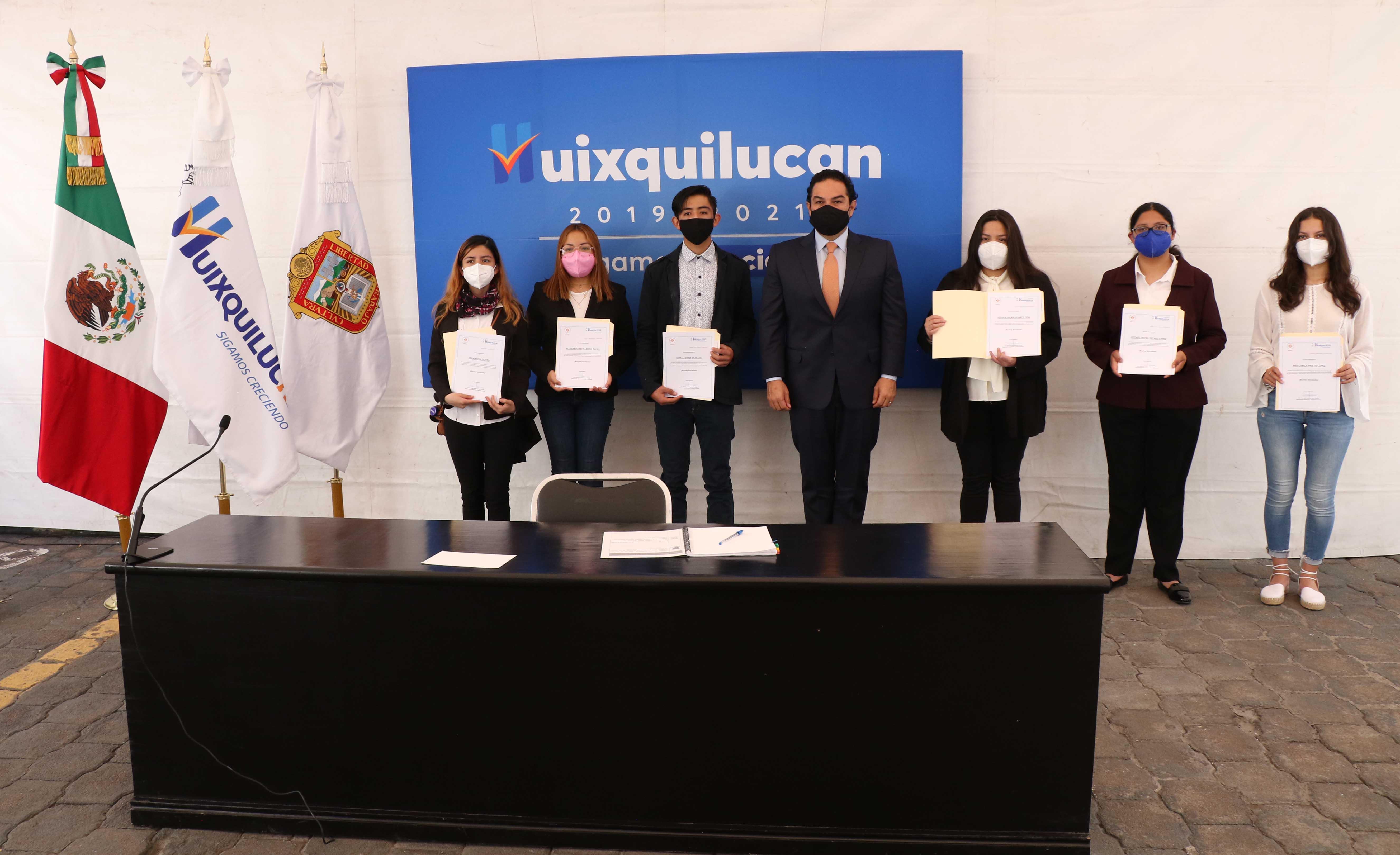 Jóvenes de Huixquilucan obtiene beca del 100 por ciento para estudiar en la universidad Anáhuac