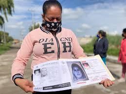 Mujer busca a su hijo que le fue robado en Toluca hace dos años