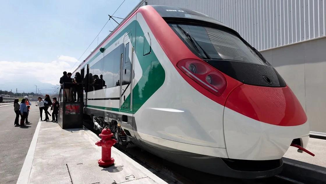 """Casi terminado"", el tren interurbano México-Toluca"