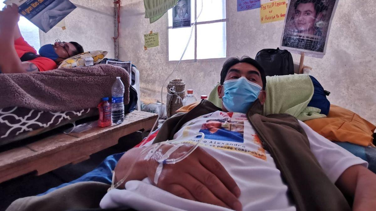 Seis personas graves por huelga de hambre; piden liberación de reos