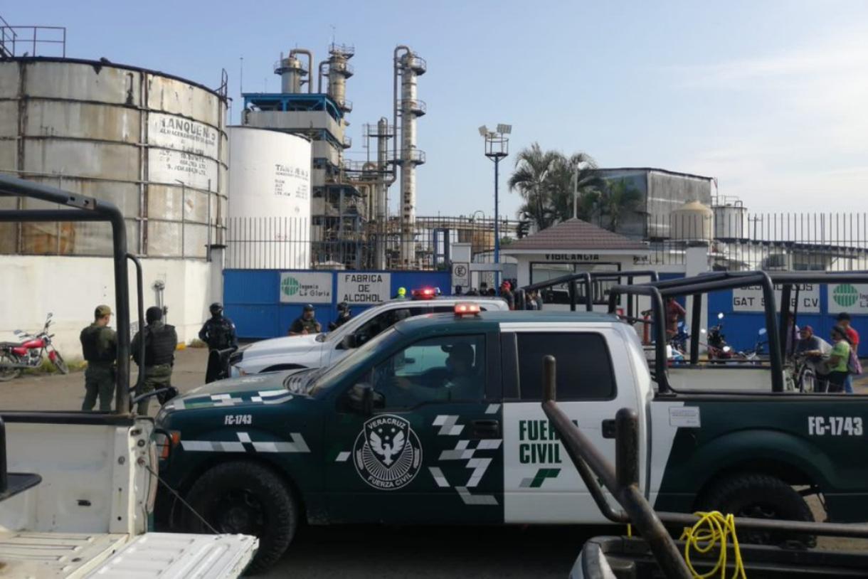 Explosión en alcoholera 'La Gloria', en Veracruz, deja al menos dos personas muertas