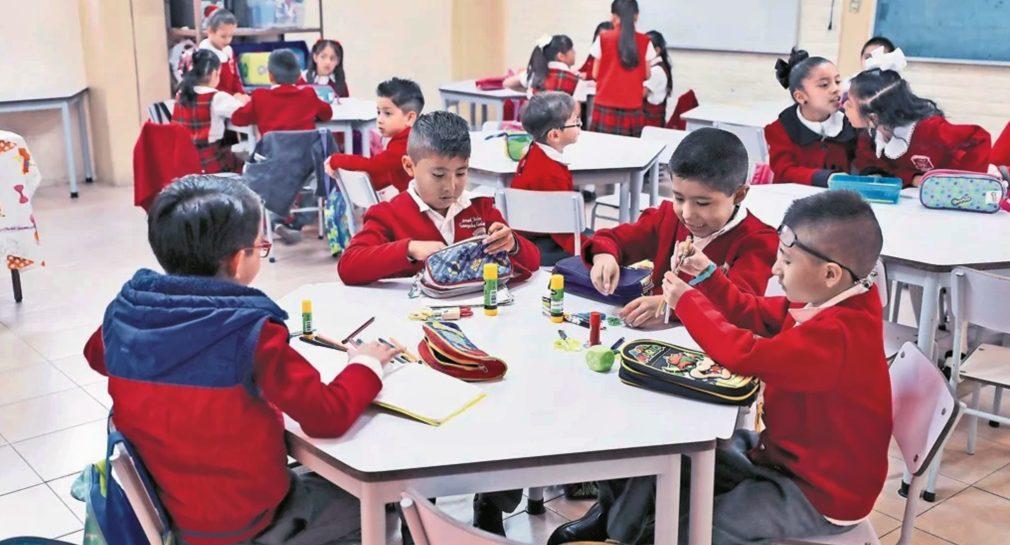 Niño vende amigos imaginarios en su escuela a 20 pesos