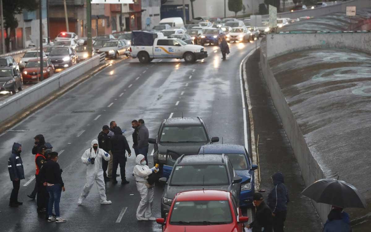 Mujer es ejecutada en carriles centrales del Viaducto