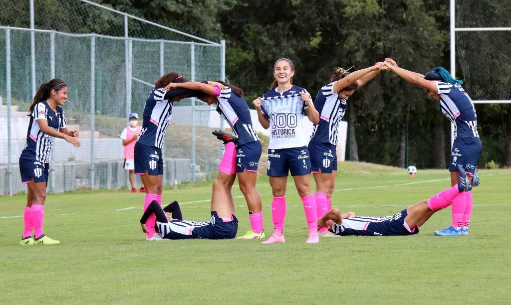 Desirée Monsiváis, primera jugadora en llegar a los 100 goles en la Liga MX Femenil