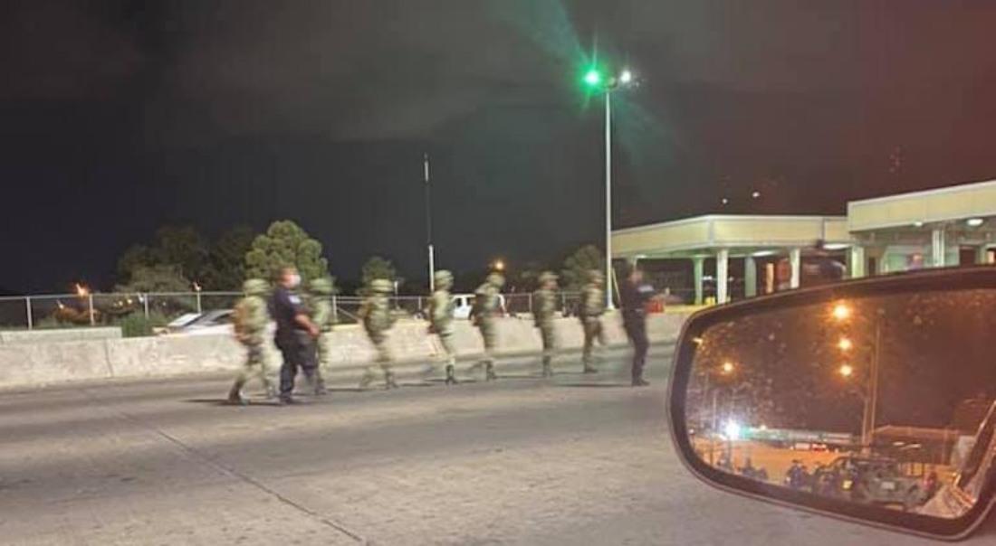 #VIDEO Detienen a 7 militares de México que cruzaron por error la frontera con EU