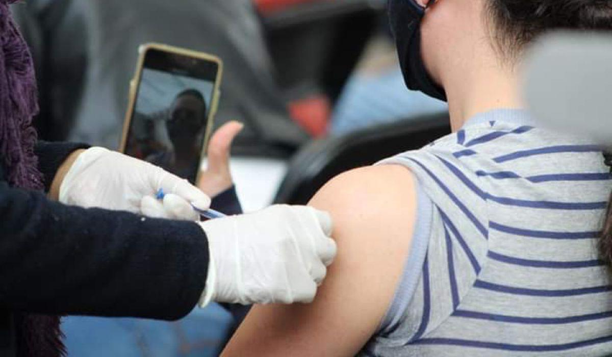Inician segunda vacunación de 30 a 39 años en Zinacantepec