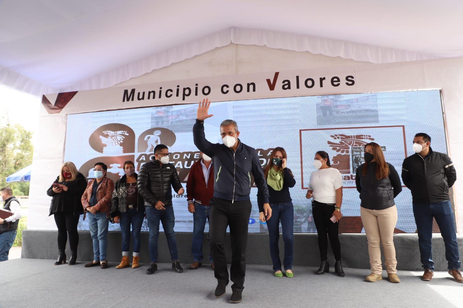 Alcalde de Ecatepec anuncia rescate integral de colonias abandonadas desde hace décadas