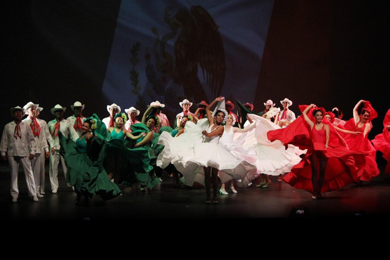 Celebra 34 aniversario el ballet folclórico del Estado de México, referente de la cultura Mexiquenses