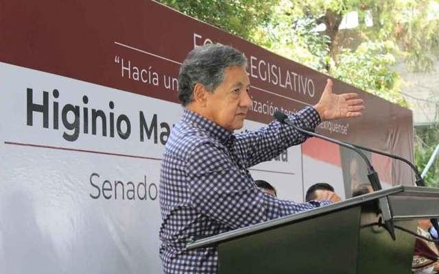 Corrige Enrique Vargas a Higinio Martínez