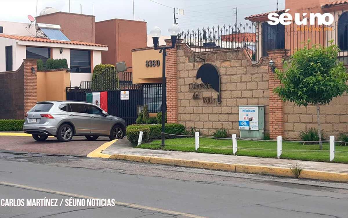 Explosión deja 5 lesionados en residencial de Metepec