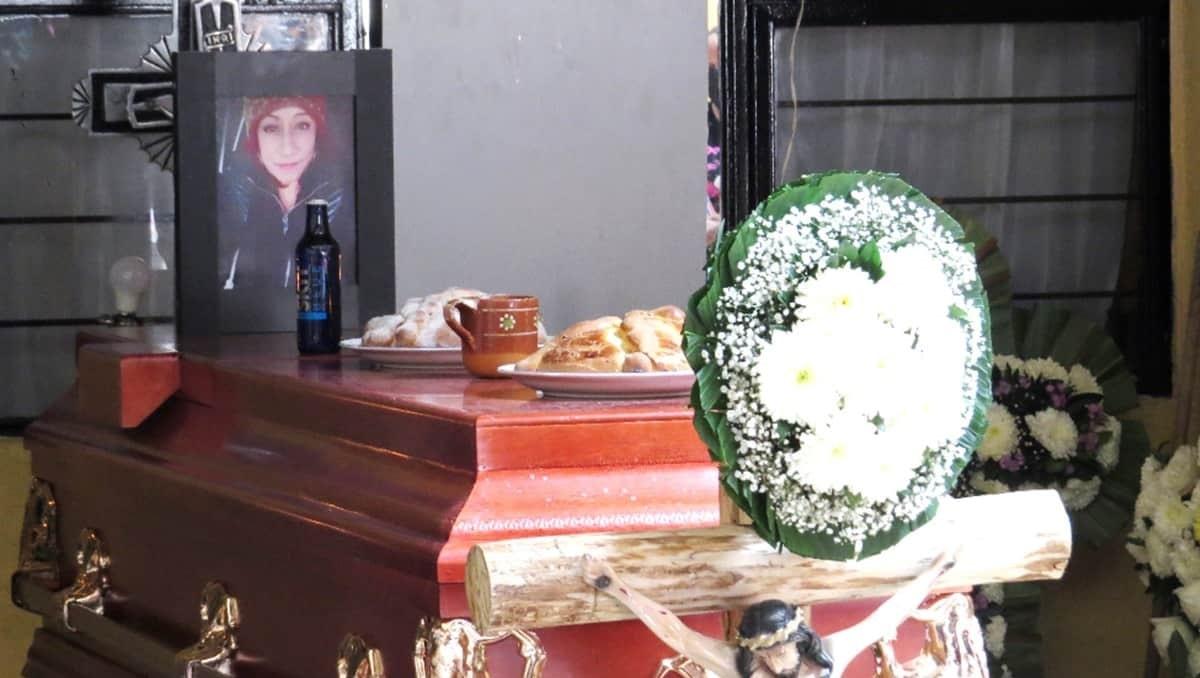 Lupita conducía una combi para ganarse la vida; fue asesinada en Edomex