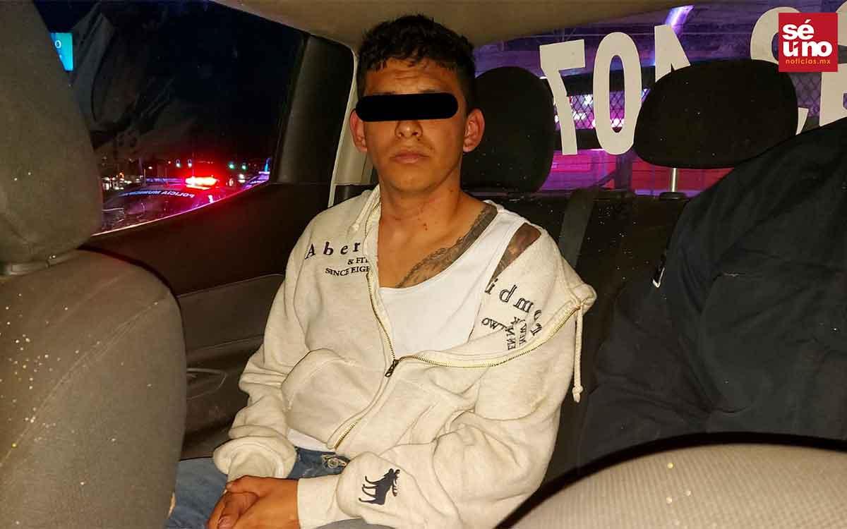 Hombre roba una camioneta en Ecatepec, lo detienen en un alcoholímetro