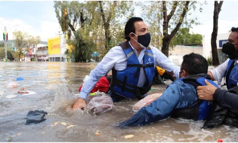 Se hunde lancha del gobernador Omar Fayad en su recorrido por Tula