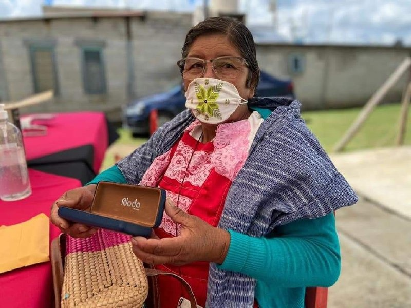 Mantiene IIFAEM  cercanía con las y los artesanos Mexiquenses