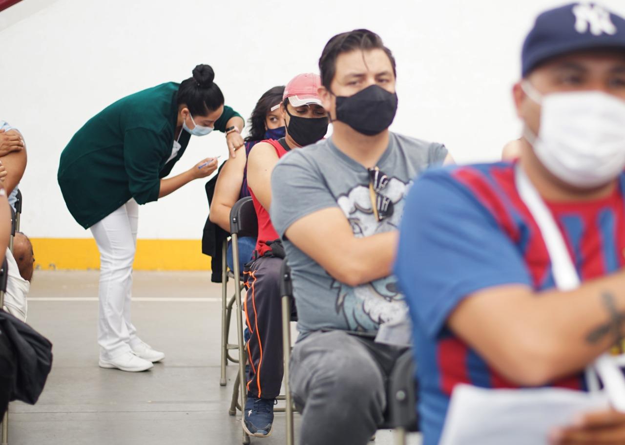Ecatepec anuncia aplicación de vacunas a jóvenes de 18 a 29 años de edad