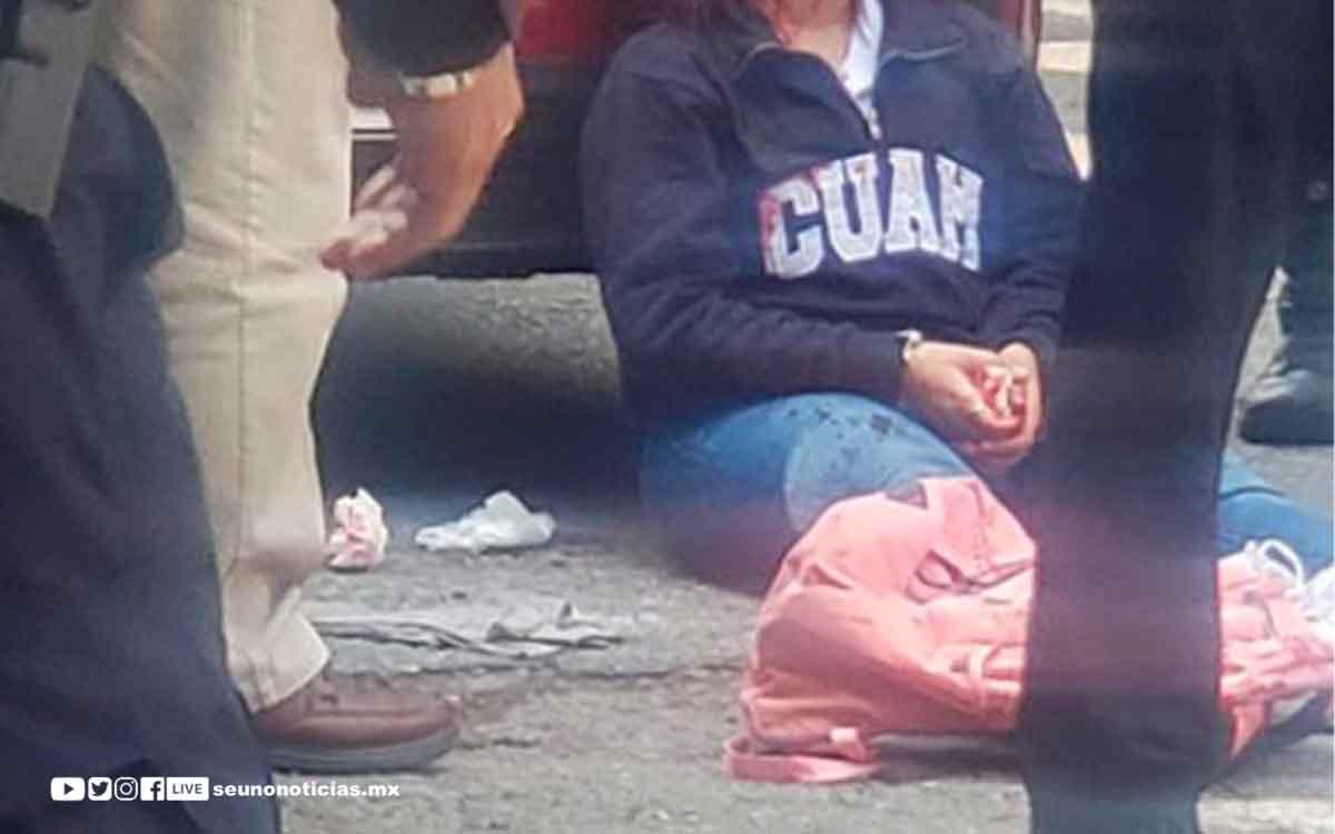 Balean a una joven en el rostro para robar su auto en Morelos