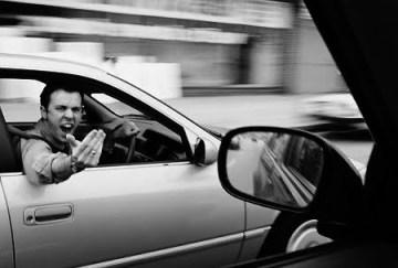 conductor hostil, consejos, que hacer