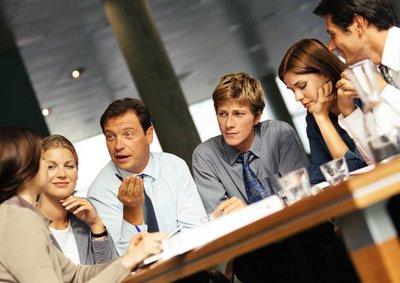 Por qué debes aprender a escuchar para manejar tu Negocio?