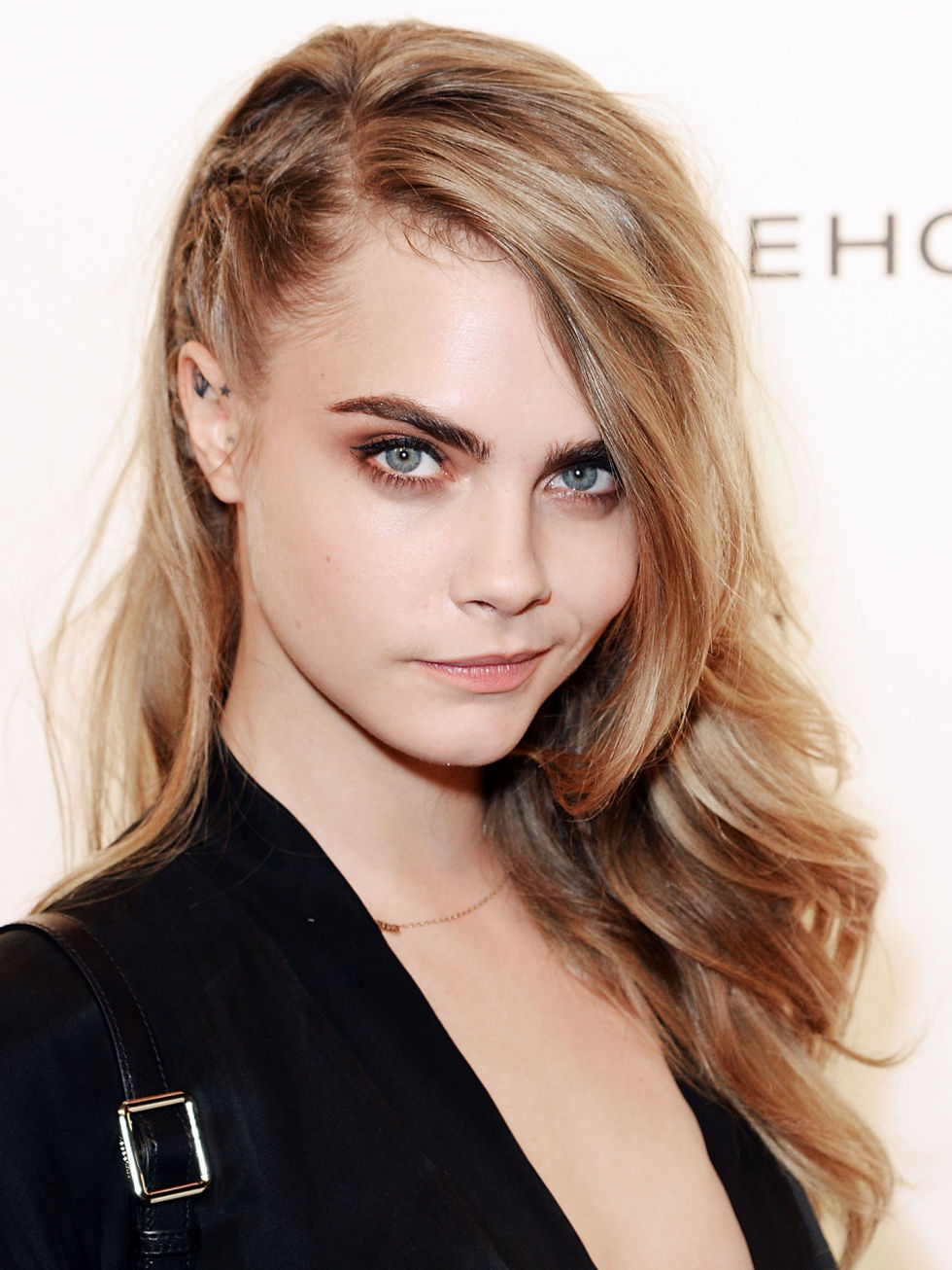 11 Side Swept Hairstyles Celebrity Side Hairstyle Inspiration