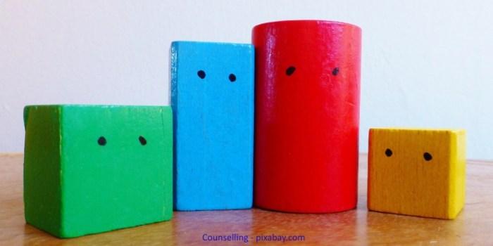 counselling_wooden-blocks-443728_1920_pixabay_kleiner