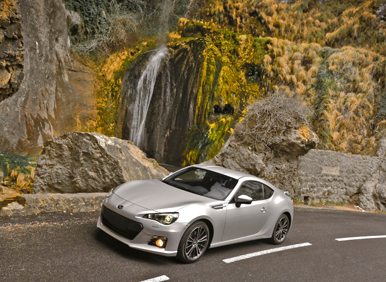 2013_subaru_brz_waterfall