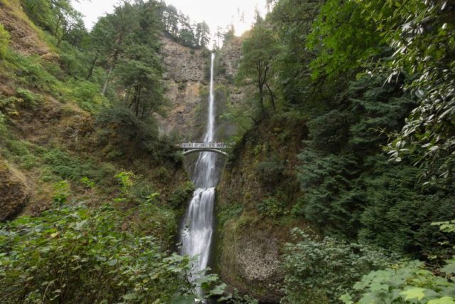 Орегон. Водопад Малтнома (Multnomah Falls)