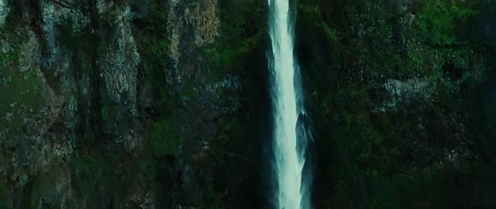 Орегон. Водопад Малтнома. Кадр из фильма Сумерки