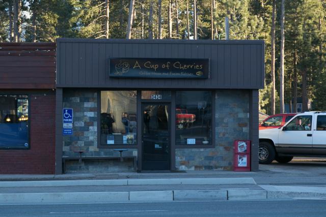 """Озеро Тахо. South Lake Tahoe. Кафе """"A Cup of Cherries"""""""