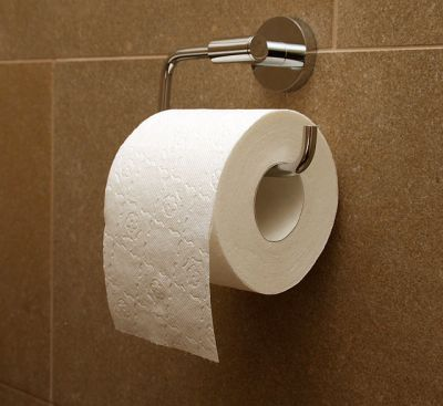 640px-Toilet_paper_orientation_over