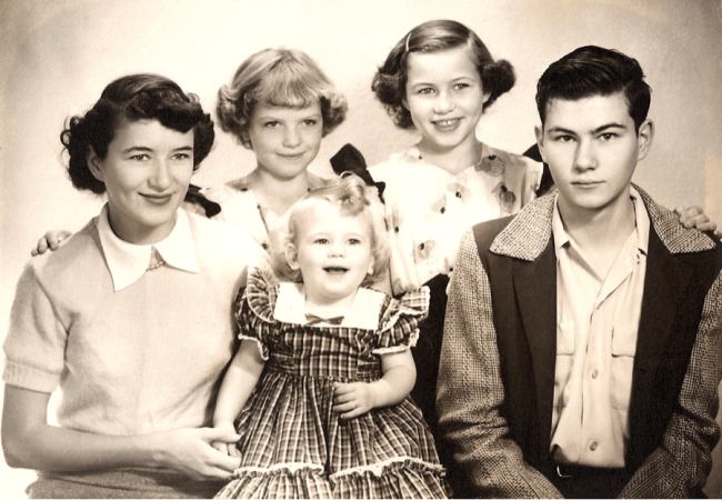 Clemens siblings, Sonora, California 1950, Carleen, Claudia, Cathy in middle, Betty, Larry