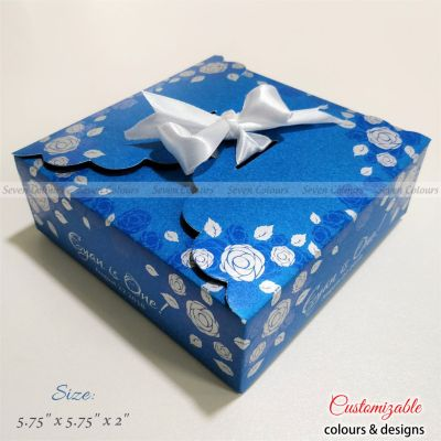 Wedding gift ribbon box square folds