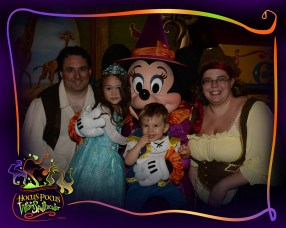 PhotoPass_Visiting_Mickeys_Not_So_Scary_Halloween_Party_7488118248