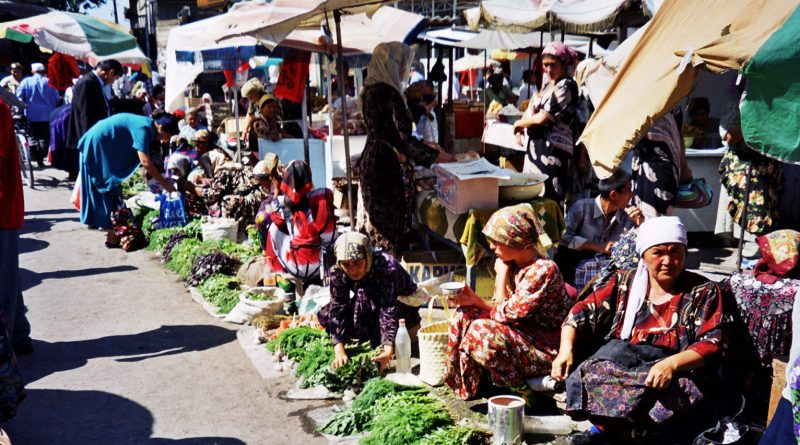 Margilan marketplace
