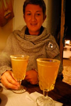 Drinking canelazo, Villa de Leyva