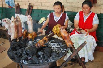 Roasting cuy, Gualaceo, Ecuador