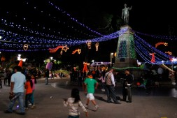 New Year's Eve, Sucre