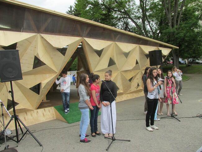 """""""Павилион на щастието"""" откриха в Търново"""