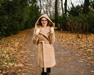 Vlnený kabát s kapucňou SEVERANKA