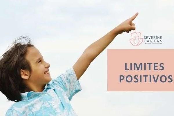 Niño feliz limites positivos