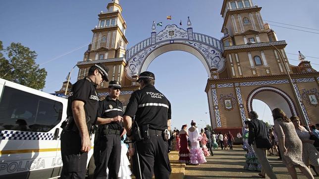 Los diez consejos de la Policía Local para disfrutar de la Feria sin problemas