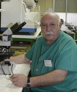 Desde 1980, Félix López Elorza investiga las intolerancias alimentarias y su relación con un exceso de histamina