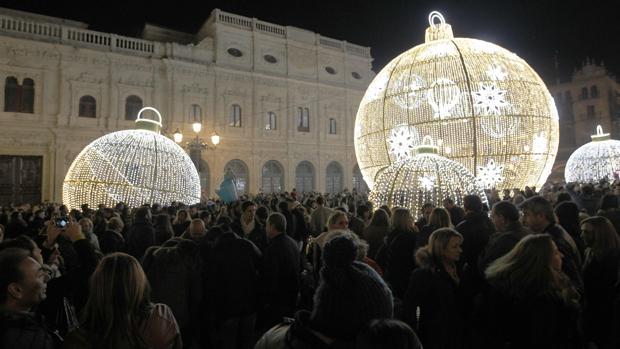 Iluminacin navidea en Sevilla El alumbrado de los tiesos